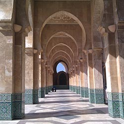 "Visit Casablanca during this six-day tour of Morocco. // © Creative Commons user <a href=""https://www.flickr.com/photos/yotut/5423504750/""..."