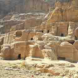 <p>Guests will tour the ancient city of Petra, one of Jordan's best-known tourist attractions. // © 2016 Caravan-Serai Tours</p><div></div>