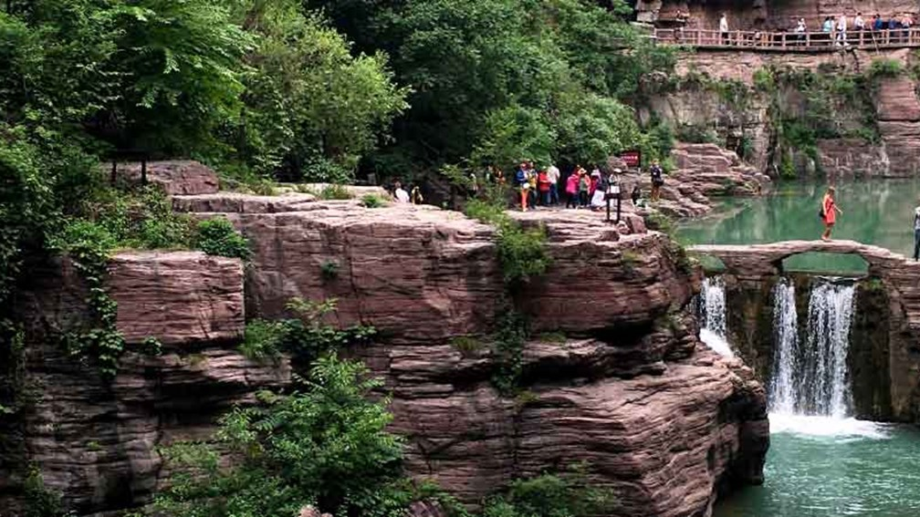 Traversing the Surreal Canyons of China's Yuntai Mountain Scenic Area 2
