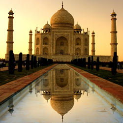 If you visit Agra on a Friday, you won't be able to enter the Taj Mahal — and you'll only be able to see the famous India structure from the back...