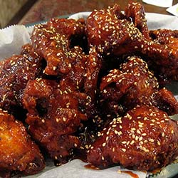 <p>Korean Fried Chicken is one of the few Korean dishes you should sample when visiting South Korea. // © 2017 Creative Commons user <a...