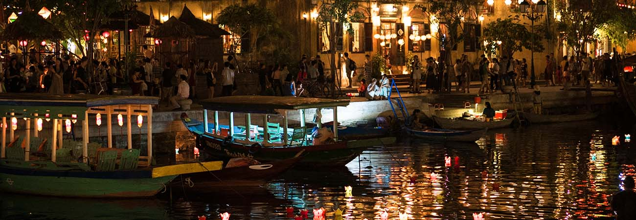 Experience the Full Moon Lantern Festival in Hoi An