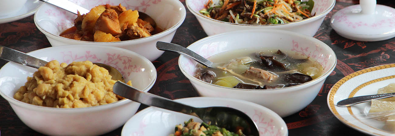 Discovering Myanmar's Food Scene With Trafalgar