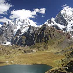 <p>Visit Nepal for stunning views of the Himalayas. // © 2016 iStock</p><p> </p>