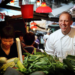 <p>The Flavors of Hong Kong package includes a trip to a traditional wet market. // © 2016 iStock</p><p>Feature image (above): Hong Kong cuisine is...