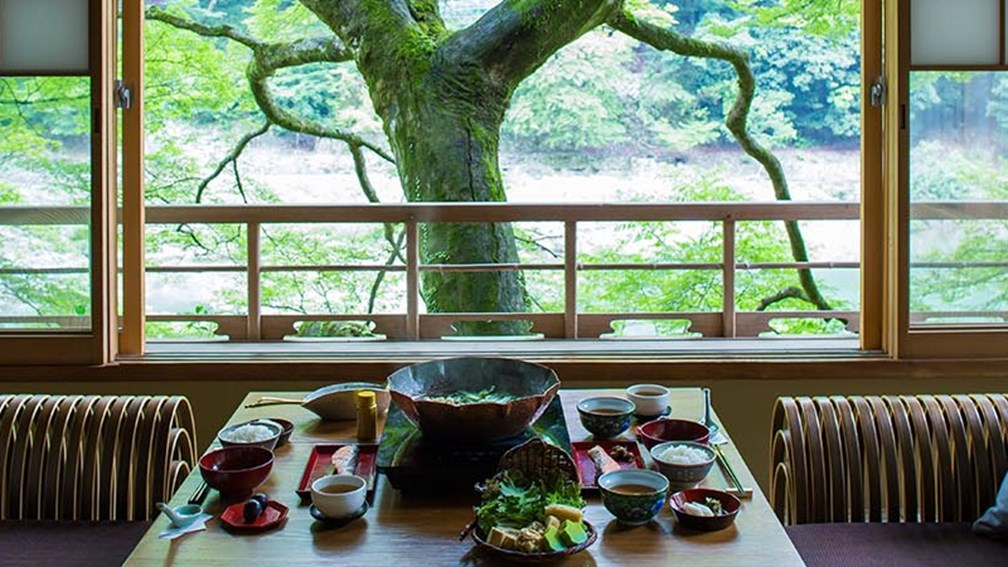 Stay in a Luxury Ryokan With Hoshino Resorts