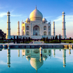 An early morning visit to the Taj Majal is among highlights on this Highland Asia Travel fam trip. // © 2014 Thinkstock
