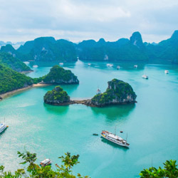 A five-hour cruise in Halong Bay is part of this Pacific Holidays fam.// © 2014 Thinkstock