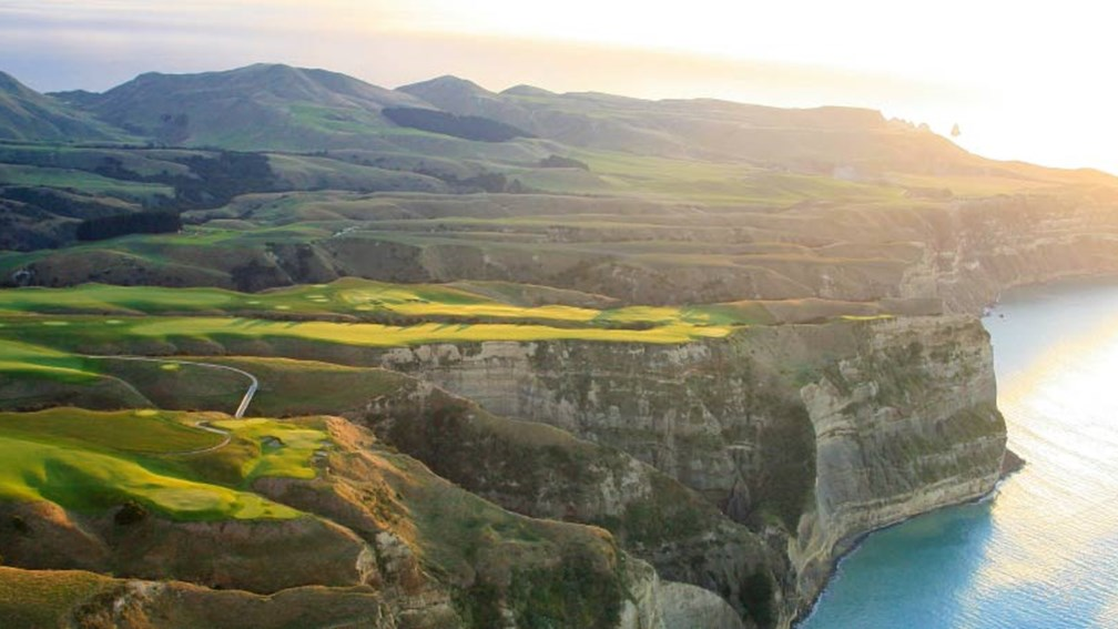 Visitors to New Zealand can stay on a vineyard or a golf course, such as the Cape Kidnappers Golf Course in Hawke's Bay. // © 2014 Swain Destinations 2