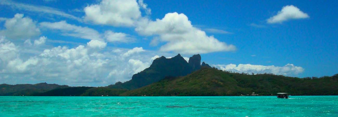 4 Iconic Water Activities to Try in the South Pacific