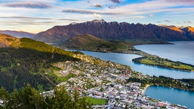 A Must-Do Travel Guide to Queenstown, New Zealand