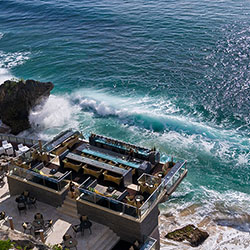 <p>Head to the resort's Rock Bar for cocktails, live music and a gorgeous view. // © 2016 Ayana Resort and Spa and Rimba Jimbaran Bali</p><p>Feature...
