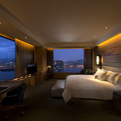 <p>Guests can see the Han River from its Conrad Seoul's Grand King Corner Suite. // © 2015 Conrad Seoul</p><p>Feature image (above): The hotel offers...