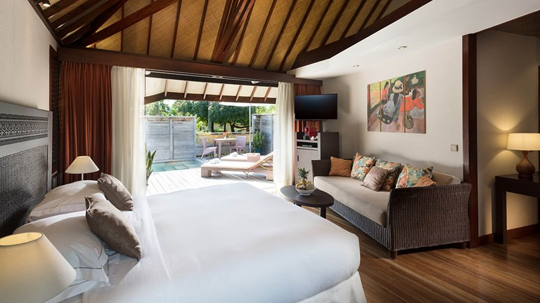 Garden bungalows offer plenty of space, a complimentary minibar and a private terrace with a plunge pool.