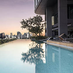 <p>Take a dip in the 10th-floor infinity pool. // © 2017 SO Sofitel Bangkok</p><p>Feature image (above): The property's 238 guestrooms represent...