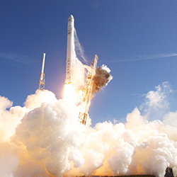 Space X is working toward offering low Earth orbit flights. // © 2013 Space X