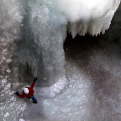 Watch brave souls climb frozen waterfalls at Maligne Canyon. // © 2014 Thinkstock