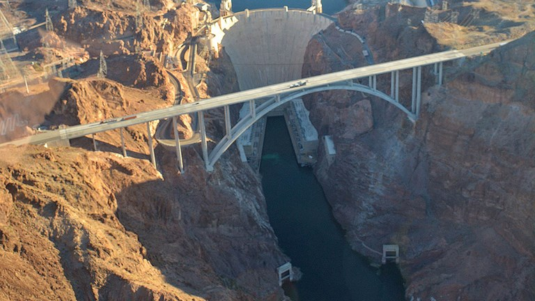 See Hoover Dam from above.