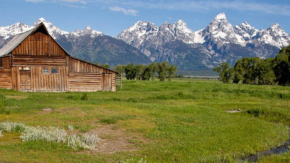 70b73effe76b A Summertime Travel Guide to Jackson Hole