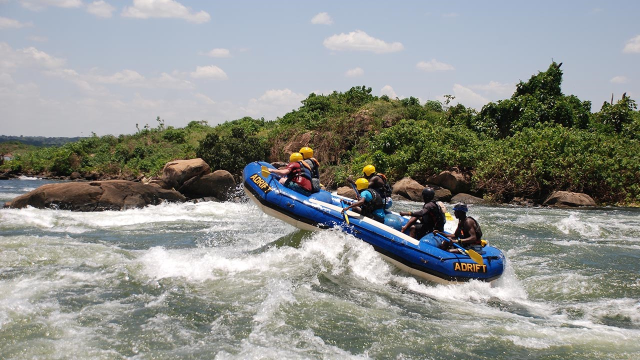 Whitewater Rafting on the White Nile River in Uganda | TravelAge West