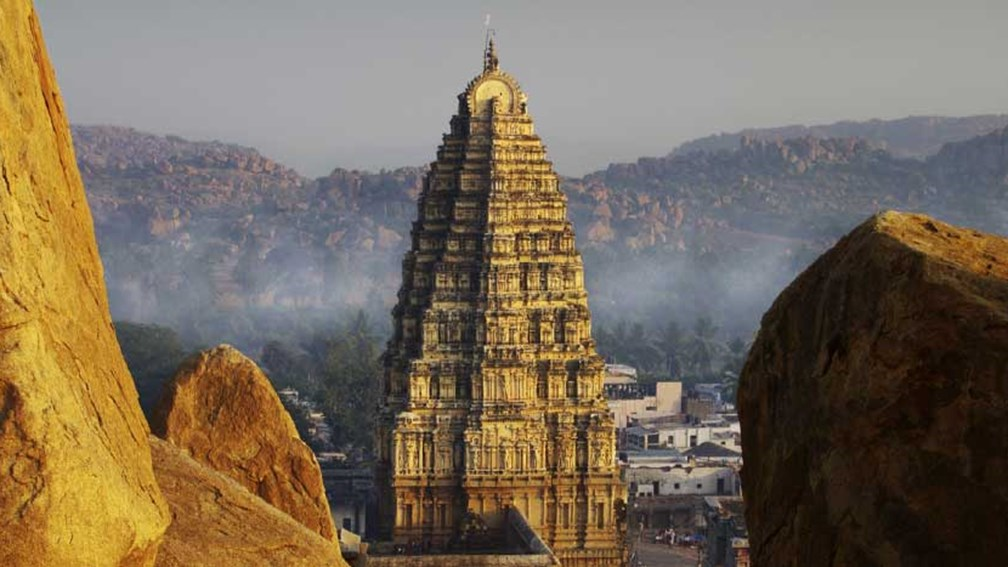 India's Hampi Temple seems to glow at sunset. // © 2013 Thinkstock 3