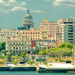Discover Cuba with Flo Tours. // © 2015 iStock