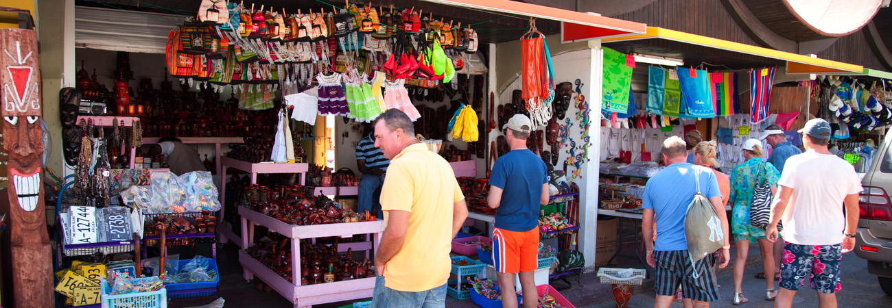 High-End and Bargain Shopping in Aruba | TravelAge West