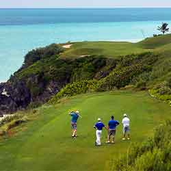 The par-3 16th hole at the Port Royal Golf Course in Bermuda // © 2013 Mark Edward Harris