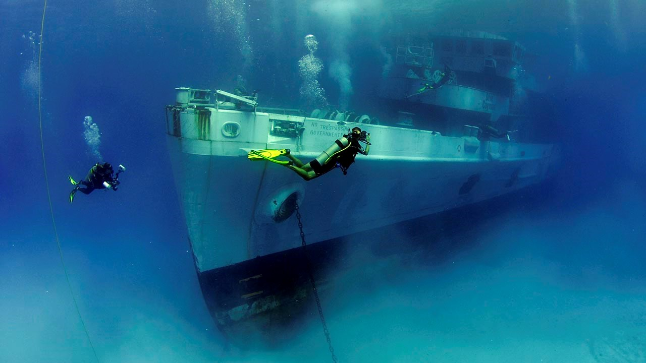 Extraordinary Caribbean Wreck Dives to Inspire Future Trips