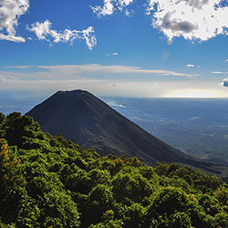 Agents will be able to see Izalco Volcano during a walking tour of Cerro Verde National Park. // © 2016 iStock