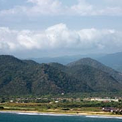 Puerto Lopez is home to Machalilla National Park. // © 2012 Thinkstock