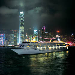 Crystal Symphony in Hong Kong // © 2013 Crystal Cruises