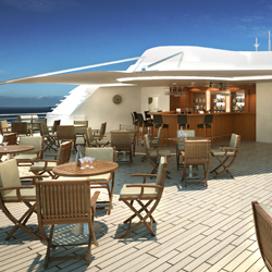 <p>Star Pride's Star Bar is a great setting for casual drinks during the day and star gazing at night. // © 2014 Windstar Cruises</p><div></div>