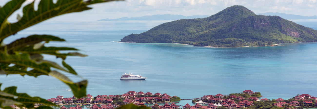 Cruise Review: Crystal Yacht Expedition Cruises' Esprit