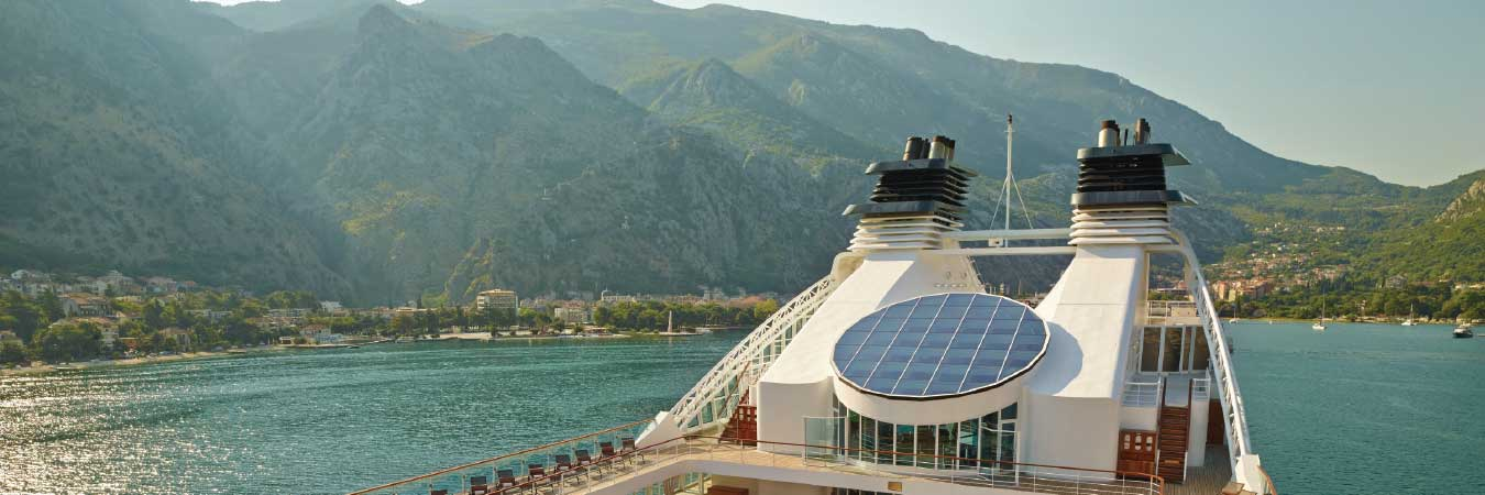 Seabourn Sojourn Sails the Caribbean