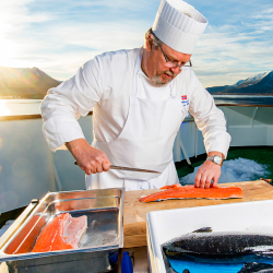 <p>On-deck gatherings let passengers taste Norwegian delicacies. // © 2016 Hurtigruten</p><p>Feature image (above): Lectures provide insight into the...