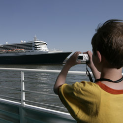 <p>The cruise industry is anticipating a strong sales year. // © 2015 Thinkstock</p><p>Feature image (above): Though an increased number of people are...
