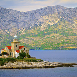Get to know the Dalmatian coast on this fam trip with Adventures Croatia. // © 2014 Thinkstock