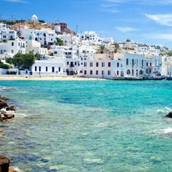 <p>Take a three-night cruise around Mykonos. // © 2015 iStock</p><div></div>