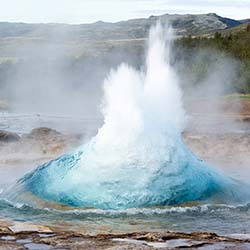 See Iceland's magnificent geysers during this 12-day cruise. // © 2016 iStock