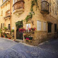 Visit the villages of Malta with Tours Specialists, Inc. // © 2016 iStock