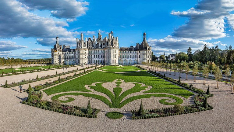 Chateau de Chambord is hosting Chambord 1519-2019: From Utopian Idea To The Work, a major exhibition that retraces the castle's history through the vision of Leonardo da Vinci.