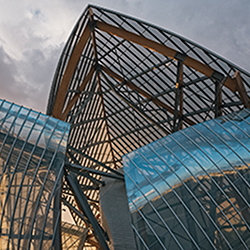 <p>Guest can spice up their trip to Paris by visiting Fondation Louis Vuitton, one of the city's newest art museums. // © 2015 Creative Commons user...