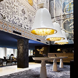 <p>The lobby of the luxurious Andaz Amsterdam, Prinsengracht hotel // © 2016 Andaz Amsterdam, Prinsengracht</p><p>Feature image (above): Designed by...