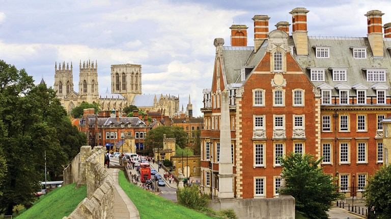 The Grand, York sits beside York's Roman walls and is walking distance to York Minster.