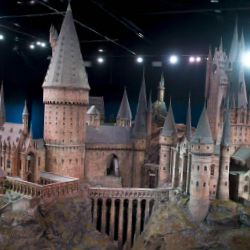 Harry Potter set display // © 2014 Thinkstock