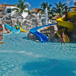 Sandos Caracol Eco Resort will debut five new slides designed for teens and adults. // © 2016 sandos Hotels & Resorts