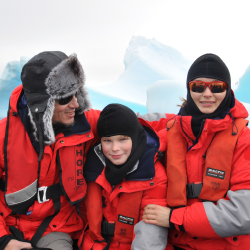 Children can explore the Arctic and Antarctic regions with Poseidon Expeditions. // © 2016 Poseidon Expeditions