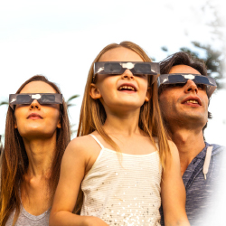 See the solar eclipse with Austin Adventures. // © 2017 iStock