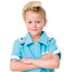 Girl dressed as a Vet. // © 2013 Thinkstock